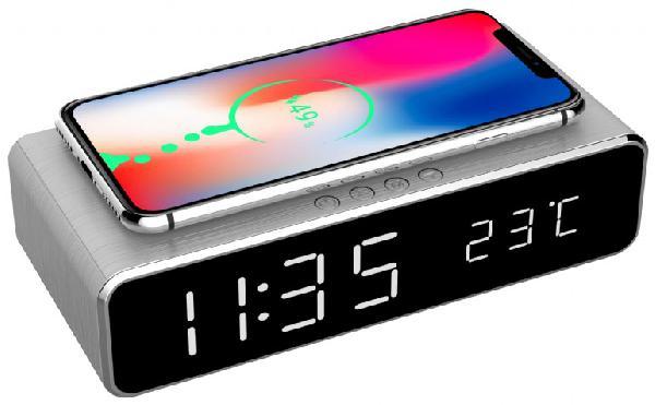 Gembird digitale wekker met draadloze laadfunctie voor smartphone (oa iPhone X / XS / XR / 8, Galaxy S8 / S7 / S6) - zilver geeft tijd en temperatuur weer